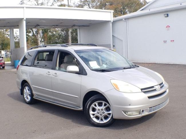 2004 Toyota Sienna XLE XLE AWD