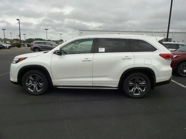 For Sale near Little Rock: New 2019 Toyota Highlander Limited Platinum V6 SUV