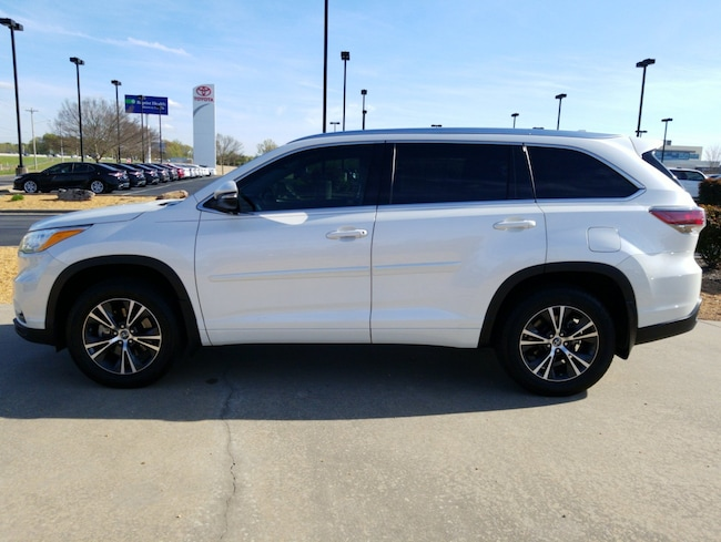 For Sale near Little Rock: Used 2016 Toyota Highlander XLE V6 SUV