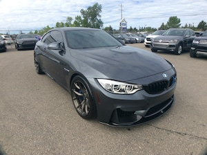 2015 BMW M4 RED LEATHER/ LOADED/ 425HP!/ CLEAN CARFAX/ LOW KM