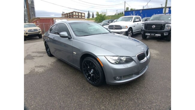2010 BMW 3 Series / 335Xi / AWD / S/ROOF / LEATHER Coupe
