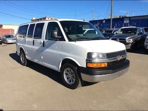 2011 Chevrolet Express 1500 / LT / 4X4 / 5.3 / 8 PASS / REAR HEAT / AC