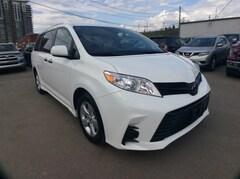 2018 Toyota Sienna 7-PASS/ BU CAM/ BLUETOOTH/ V6/ CLEAN CARFAX Minivan