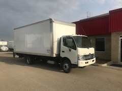 2017 HINO 195 with 20 foot Box and Gate
