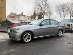 2011 BMW 3 Series 328i xDrive Classic Edition Sedan