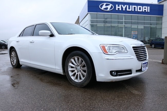 2013 Chrysler 300 TOURING | LEATHER | HEATED SEARS | SNOW TIRES Sedan