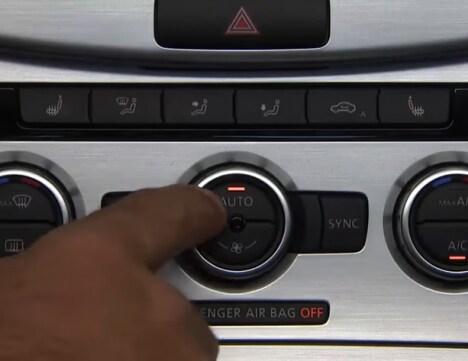 Volkswagen CC climate controls