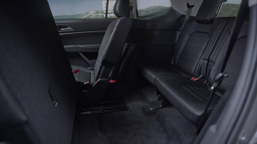 What S On The Volkswagen Atlas Features Engines Specs