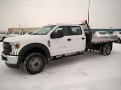 2018 Ford F-550 Chassis  XL Crew 4x4 | 6.8L | Dually | Deck | Decor Pkg Truck Long Crew Cab