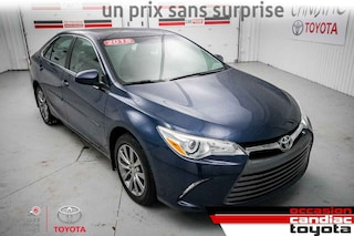 2015 Toyota Camry XLE * CUIR * TOIT * MAGS * NAV * 62299 KM * Berline
