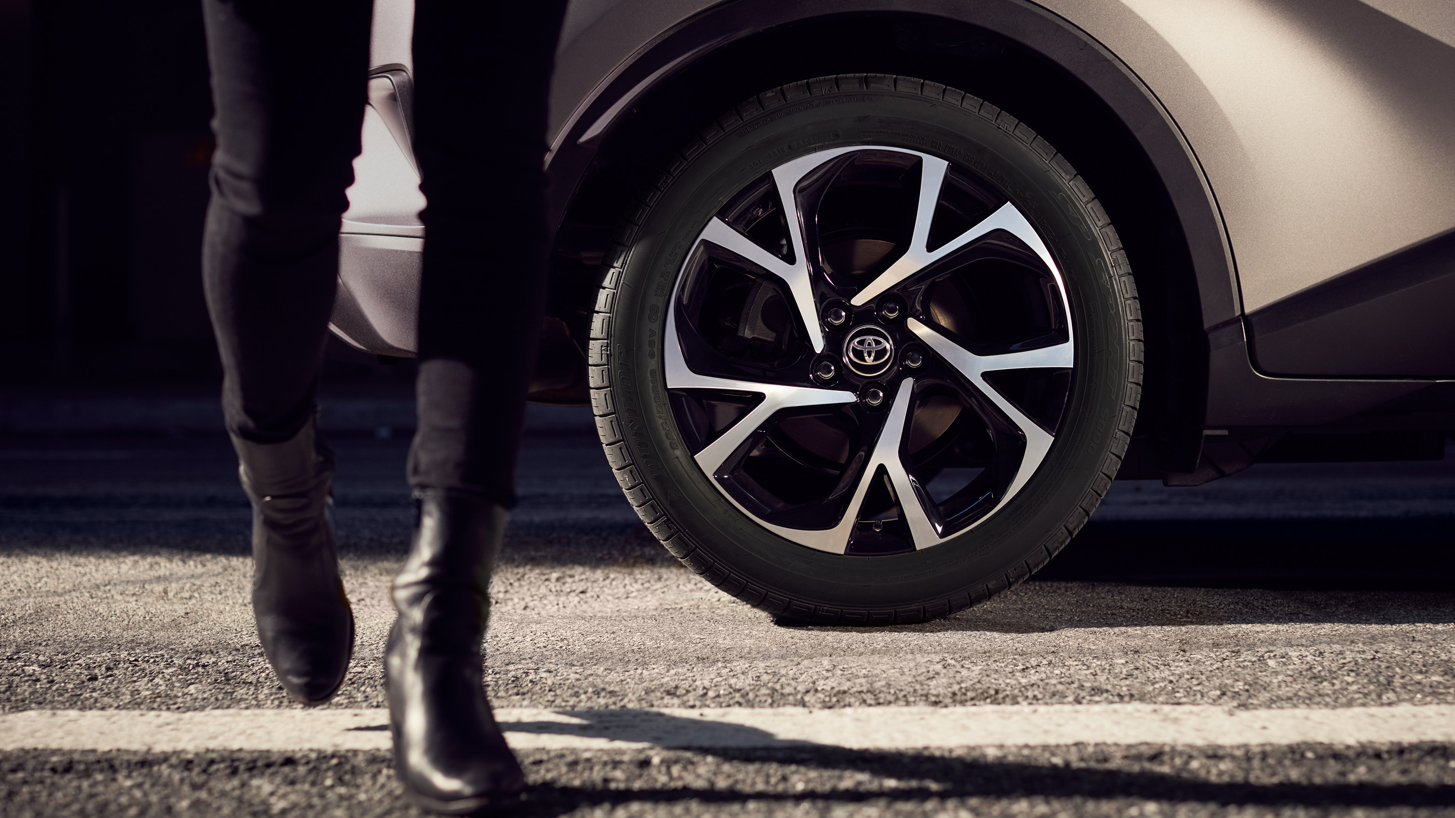 2019 Mazda CX-3 vs 2019 Toyota C-HR on the South Shore of Montreal