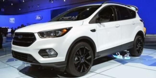 New 2019 Ford Escape Titanium SUV For Sale/Lease Charlotte, MI
