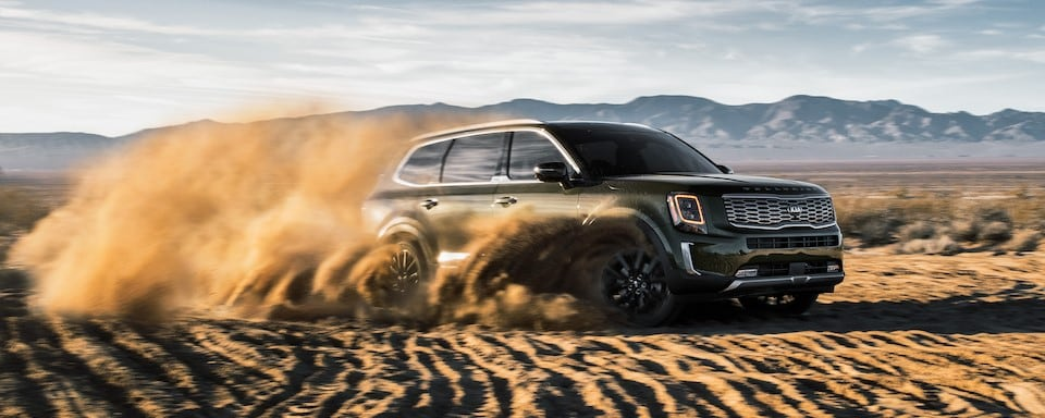 2020 Kia Telluride Driving in South Yarmouth, MA
