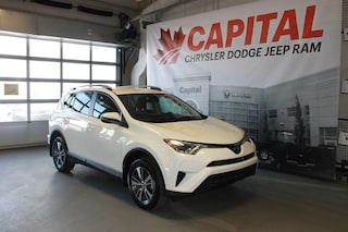 2018 Toyota RAV4 LE | Heated Seats | Back Up Cam | Touchscreen SUV
