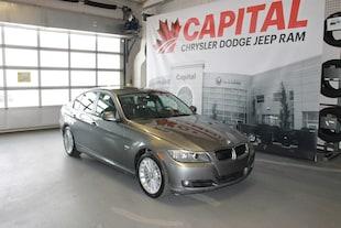 2011 BMW 328 i XDrive | Leather | Sunroof | Push Start | Heated Sedan