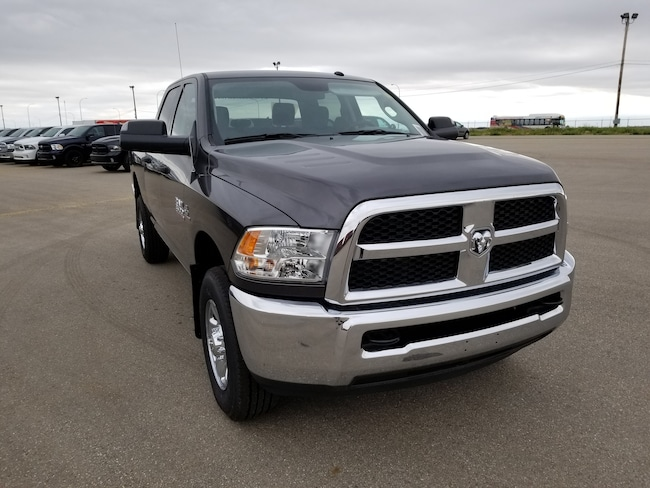 2018 Ram 3500 ST Truck Crew Cab DYNAMIC_PREF_LABEL_AUTO_NEW_DETAILS_INVENTORY_DETAIL1_ALTATTRIBUTEAFTER