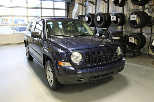 2016 Jeep Patriot Sport/North | 4X4 | Cloth | CD Player | Crusie Con SUV