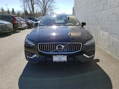 New 2019 Volvo S60 T6 Inscription Sedan V19160 in Albany, NY