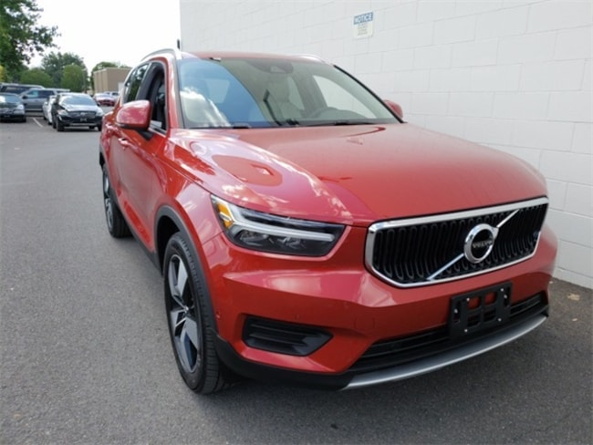 New  2019 Volvo XC40 T4 Momentum SUV for sale in Albany, NY