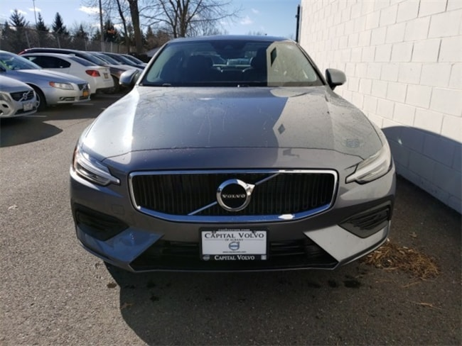 New  2019 Volvo S60 T6 Momentum Sedan for sale in Albany, NY