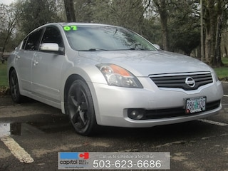 Used 2007 Nissan Altima 3.5 SE Sedan 1N4BL21E97N430277 for sale in Salem, OR at Capitol Toyota