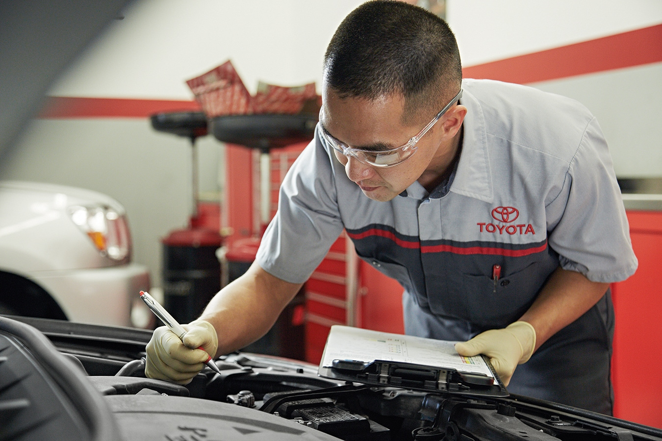 Toyota Salem Oregon >> Toyota Service Car Repairs In Salem Or Capitol Toyota Serving