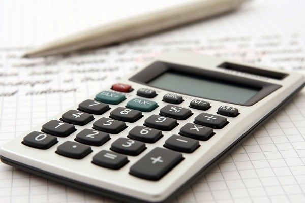 calculating costs buy vs lease