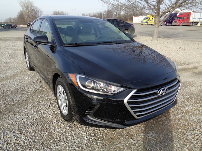 Affordable 2018 Hyundai Elantra SE Sedan in St. Joseph, MO