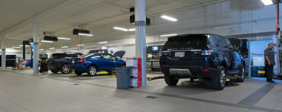 Land Rover Service Near Me | Land Rover Service Center in Torrance, CA