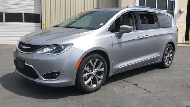 New 2018 Chrysler Pacifica LIMITED Passenger Van for sale near Hoover AL