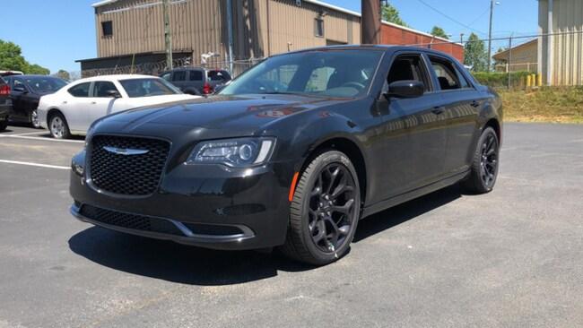 New 2019 Chrysler 300 TOURING Sedan for sale near Hoover AL