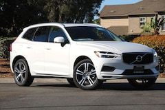 NEW 2019 Volvo XC60 T5 Momentum SUV LYV102DKXKB288675 for sale in Carlsbad, CA near San Diego, CA