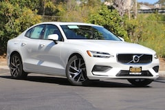 NEW 2019 Volvo S60 T5 Momentum Sedan 7JR102FK2KG008122 for sale in Carlsbad, CA near San Diego, CA