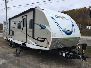 2019 COACHMEN 31SE FREEDOM EXPRESS MAKE AN OFFER? TRADES?
