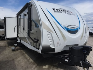2018 COACHMEN 293RLDS LE FREEDOM EXPRESS TRADES WELCOME