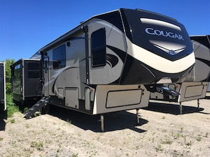 2019 KEYSTONE RV 368MBI COUGAR TRADES WELCOME