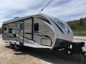 2019 COACHMEN 271BL FREEDOM EXPRESS MAKE AN OFFER? TRADES?
