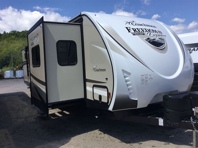 2017 COACHMEN 321FEDS LE FREEDOM EXPRESS Trades Welcome