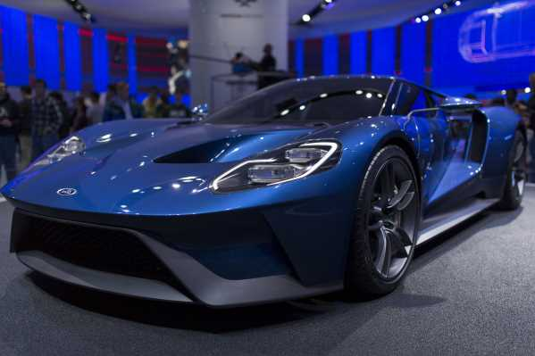 The First Canadian  Ford Gt Was Delivered To Its Lucky Owner Last Week One Of The First To Put Their Name Down For The New Fast Ford The New Owner