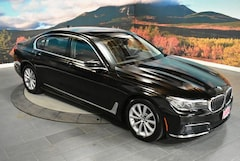 2019 BMW 7 Series 740i Sedan Car