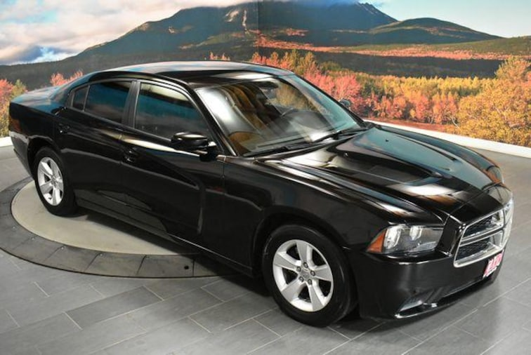 Pre-Owned 2013 Dodge Charger 4dr Sdn SE RWD Car in Beaverton, OR