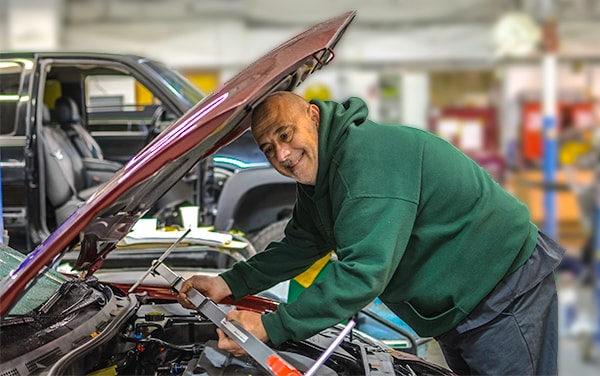 Portland Metro Area Subaru Auto Body Repair Shop Carr Subaru - Subaru auto body repair