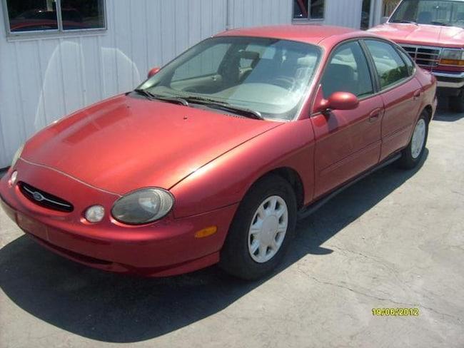 1999 Ford Taurus SE Sedan