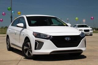 New 2017 Hyundai Ioniq Hybrid SEL 10122 for sale near you in Ardmore, OK