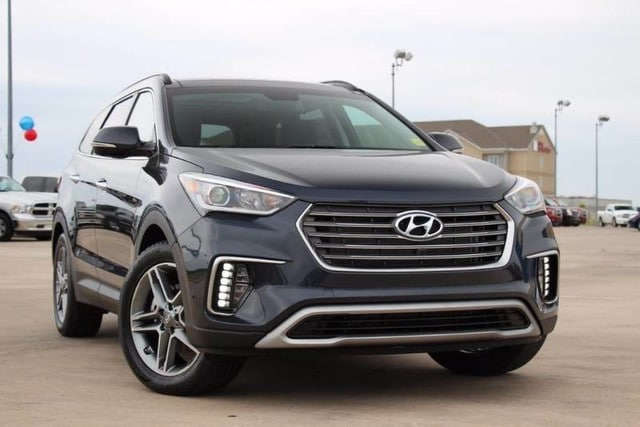 Featured Pre-Owned 2017 Hyundai Santa Fe SE Ultimate IN A CLASS OF ITS OWN AND SUPER LOW MI SUV for sale near you in Ardmore, OK