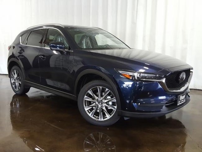 New 2019 Mazda Mazda CX-5 Signature SUV for sale/lease in Cuyahoga Falls, OH