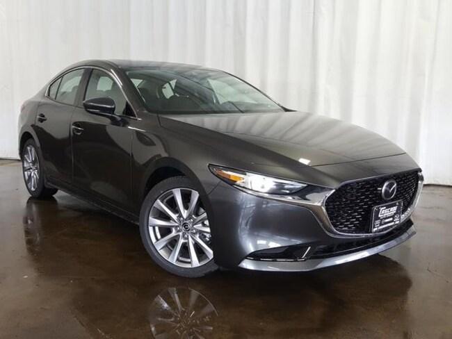 New 2019 Mazda Mazda3 Premium Package Sedan for sale/lease in Cuyahoga Falls, OH