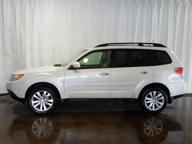 Used 2012 Subaru Forester Auto 2.5X Limited SUV for sale in Cuyahoga Falls, OH