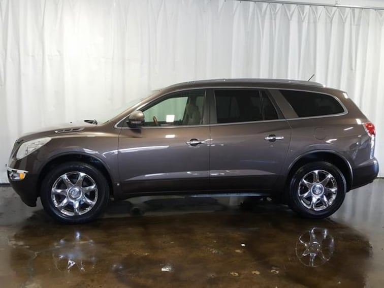 Used 2009 Buick Enclave AWD  CXL SUV for sale in Cuyahoga Falls, OH