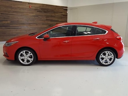 Featured Used 2018 Chevrolet Cruze HB 1.4L Premier w/1SF Sedan for Sale near Hudson, OH
